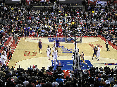 2 Los Angeles Lakers vs Los Angeles Clippers Tickets 4/1/17 - Aisle Seats!!!