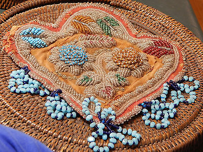 Vintage Inuit/ First Nations Beaded purse or pin cis, turn of the century, 7x6x2