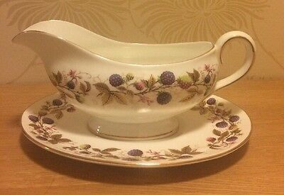 Royal Stafford - Golden Bramble - Gravy / Sauce Boat Jug with Stand
