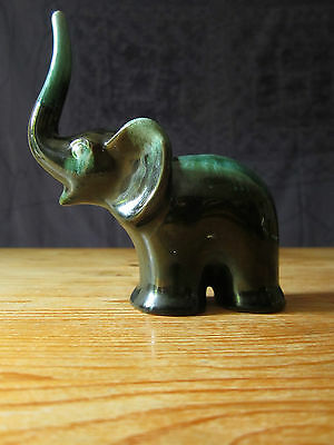 Baby elephant Blue Mountain figurine vintage classic green Trunk up good luck