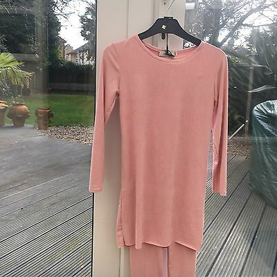 BNWT - Girls  2 Piece  Frill Neck Tracksuit / Lounge Wear - Age 8 Years