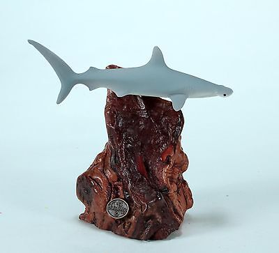 HAMMERHEAD Sculpture New direct from JOHN PERRY 7in tall Statue Airbrushed Shark