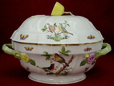 HEREND china ROTHSCHILD BIRD RO pattern OVAL TUREEN with LID #1014Q Lemon Finial