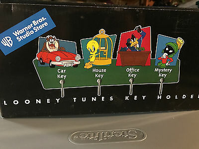Looney Tunes Keyholder Warner Brother's Studio Taz Tweety Daffy Marvin Nib 1999
