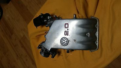 Intake cover for 2l engine