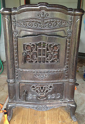 Cornell Antique Vintage Cast Iron Parlor Wood Burning Stove Model #418 Good Cond