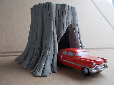Drive Through HO Giant Stump Kit by Railway Recollections