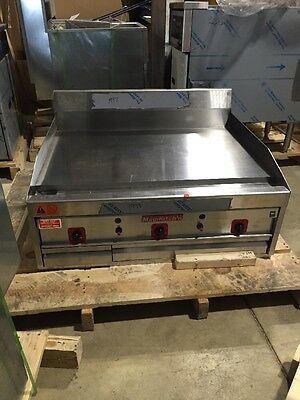 """Magikitch'n MKG-36 36"""" Commercial Griddle Scratch And Dent"""