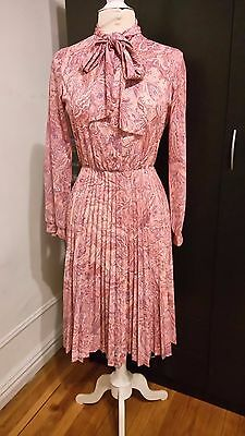 Vintage 70's Secretary Paisley Pink Dress with Pleated Skirt and Bowtie Neck