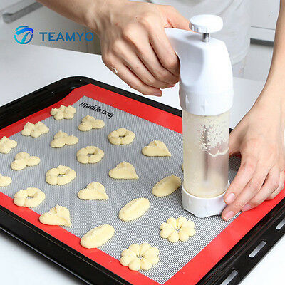100% New Cookies Mold Gun 12 Flower Mold+6 Pastry Tips Bakeware Decorating Tools