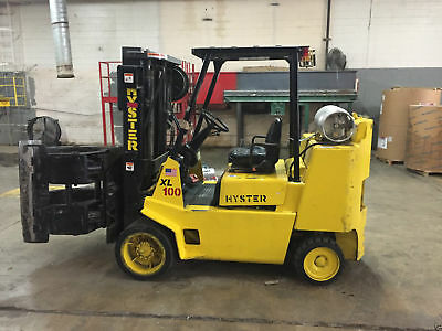Hyster 7500 lb capacity Lift Truck w/ Cascade Rotating Roll Clamp