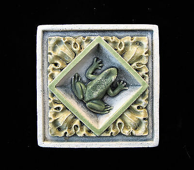Frog  Arts & Crafts  Gothic Ellison Tile