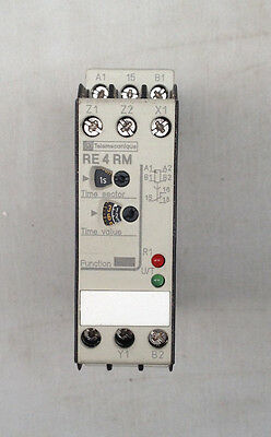 TELEMECANIQUE TIME DELAY REALY 0.05s-300h RE4-RM11BU - NEW OLD STOCK