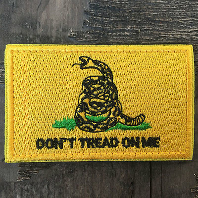 DON'T TREAD ON ME Gadsden Flag USA Military Tactical Morale Desert Badge Patch
