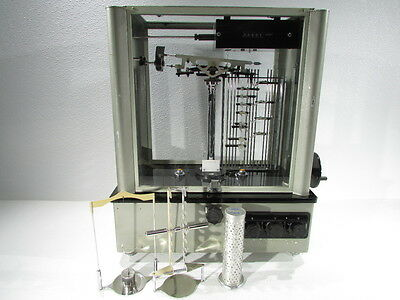 * Voland & Sons 750-D Analytical Balance Scale