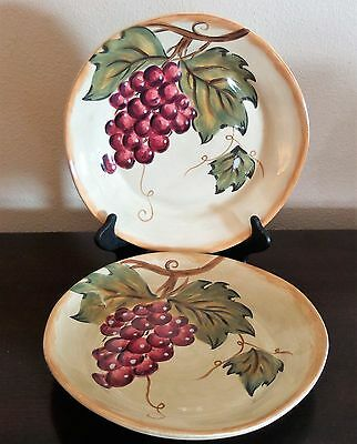 Tabletops Gallery Handpainted Dinner Plates x2 Napa Red/Purple Grapes