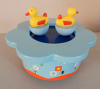 Ducks Music Box Wind Up Magnetic Ducks On Pond Spin Around To Traditional Tinkle