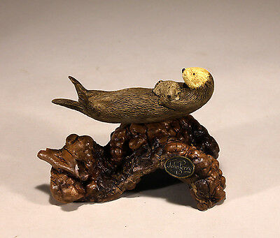 Sea Otter Mother and Pup Statue New Direct from John Perry 5in Long Figurine