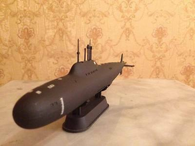 1:350 Soviet/Russian Alfa attack class submarine complete model