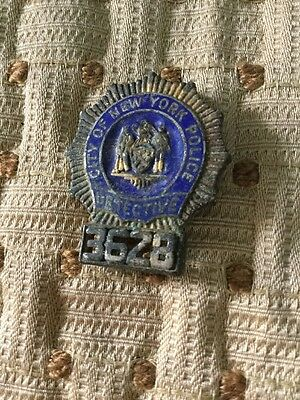 Obsolete City Of New York Police Department Detective Badge #3628