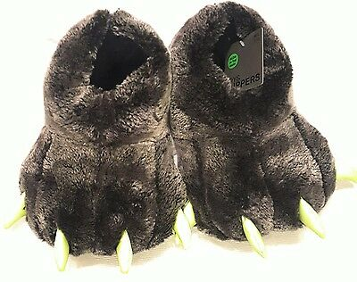 Boys Bear Claw Slippers Medium/Large 2/3 For Kids Free Domestic Shipping