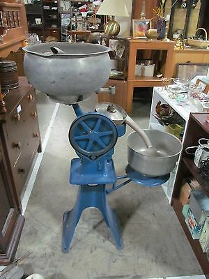 Antique Cast Iron Cream Separator Centrifuge