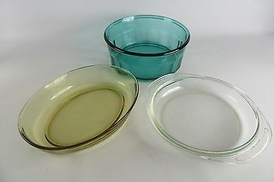 Vintage Lot of 3 baking Glasses Pyrex Green Mexican Glass Amber Clear