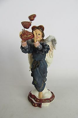 Boyds Bears & Friends Folkstone Collection Isabella Follow your Heart Figurine
