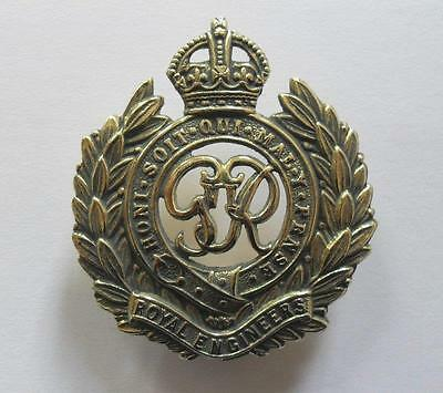 British Army Cap Badge. The Corps Of Royal Engineers Gvi.