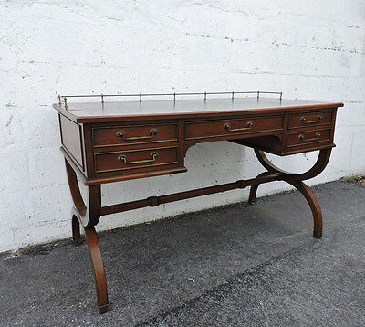 Hollywood Regency Traditional Leather Top Writing Desk by Sligh Lowry 8326