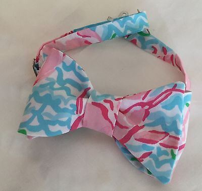 """Boys  Pre-tied Bow Tie, made from Lilly Pulitzer"""" Lobstah Roll"""" 100% cotton"""