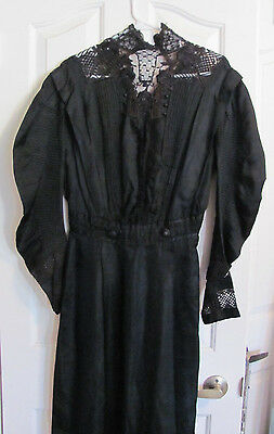 Womens Black Silk Lace Long Sleeve Antique Victorian Mourning Full Dress Gown