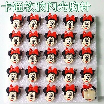 Lot Minnie Mouse Head Flashing LED Light Up Soft rubber Badge/Brooch Pins Q164