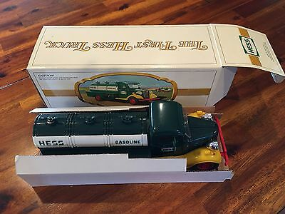 1982/83  Hess Truck  -  New In Box - Smoke Free Home