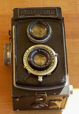 Rolleicord TLR CAMERA with CARL ZEISS TRIOTAR  1:4,5 lens