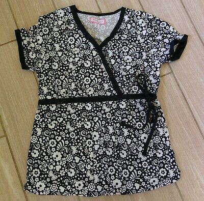 Womens Koi Black and White Floral Patterned Scrub Top Medium