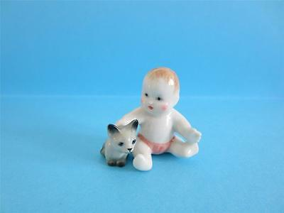 Dollhouse New Born Baby And Kitten Combination Miniature Figurines