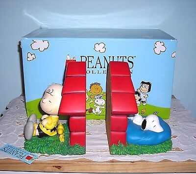 SNOOPY & CHARLIE BROWN BOOKENDS by WESTLAND ~ RETIRED PEANUTS BOOK ENDS
