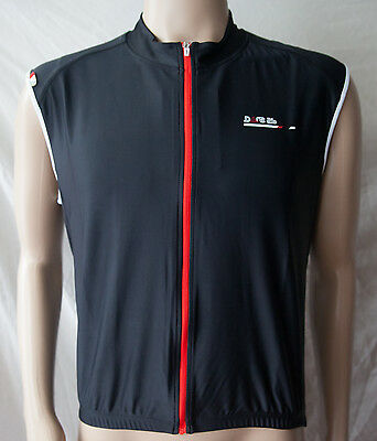 Dare 2b Men's DMT112 AEP Tempo Sleeveless/Gilet Cycling Jersey Black