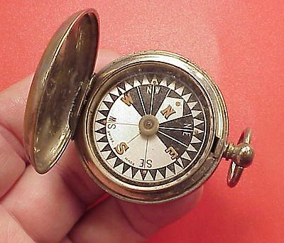 Vintage SWISS MADE CLOSED COMPASS 1 3/4 INCH WORKING TOP BUTTON GONE
