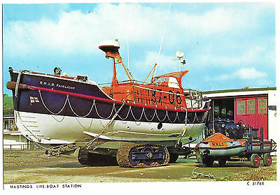 Vintage Postcard.  R.N.L.B. Fairlight At Hastings Lifeboat Station.  Ref:73337