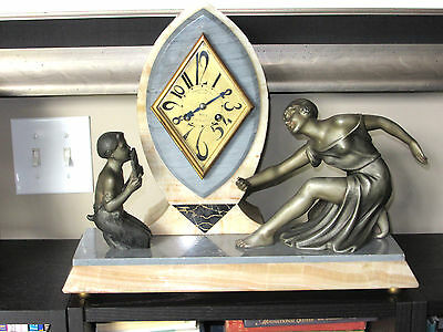 French Art Deco, Stunning marble and alabaster Mantel Clock