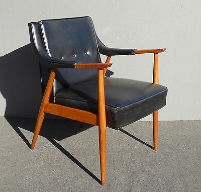 Vintage Mid Century Danish Modern Black Vinyl & Wood Arm CHAIR