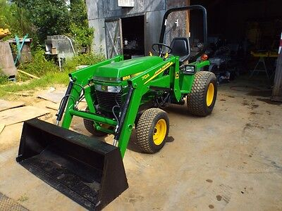 John Deere 855 Tractor with Front End Loader