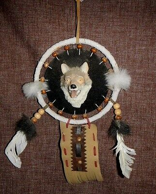 "5"" dia POLY RESIN WOLF Head DREAM CATCHER feathers, wolf, leather, EUC"