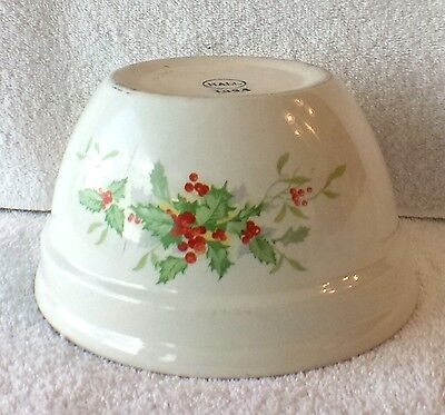 """Scarce Vintage Hall's Holly Christmas 6 3/4"""" Bowl White Holly"""