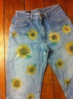 LEE Vtg 90s Sunflower Grunge High Waisted Faded Hand Painted Mom Jeans W32 14