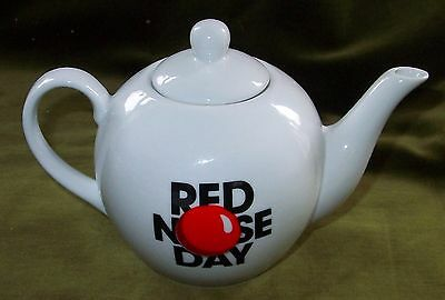 RED NOSE DAY SNOTTY PROFESSOR CERAMIC TEAPOT Comic Relief Mint