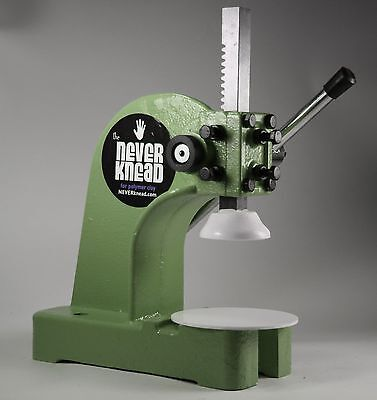 OLIVE GREEN POLYMER CLAY KNEADER MACHINE - EASY * FAST NEVERknead FIMO Pavelka