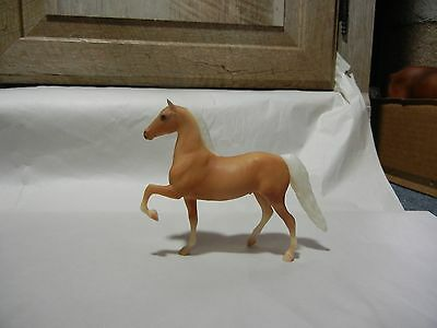Breyer 1024 Delilah Palomino Morgan Horse Stallion Paddock Pal Saddle Club